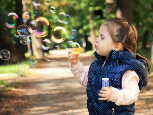 kid soap bubbles child fun 300x225 - kid-soap-bubbles-child-fun